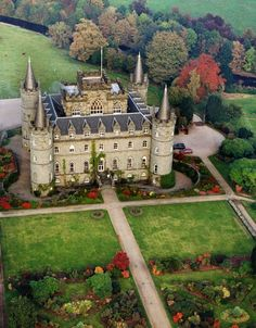 Inveraray Castle - after the fall of the Carolingian Empire - castles had their  territory being divided among individual lords and princes.