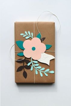 Creative wrapping DIY - gift wrapping ideas and a good way to use of some pre made die cuts. Present Wrapping, Creative Gift Wrapping, Creative Gifts, Wrapping Papers, Diy Wrapping Paper, Gift Wrapping Tutorial, Cute Gift Wrapping Ideas, Creative Gift Packaging, Creative Ideas