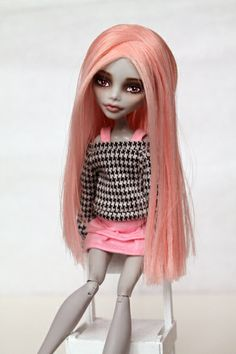 custom rerooted Ghoulia