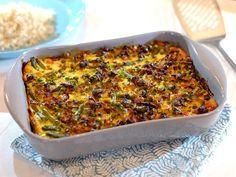 Bobotie met sperziebonen, doperwten en rijst Oven Dishes, Paleo Dinner, Meals For The Week, Lasagna, Macaroni And Cheese, Casserole, Slow Cooker, Menu, Cooking Recipes