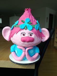 Princess Poppy Cake from Trolls movie! Made by suessebackwelt!