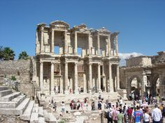 EPHESUS, TURKEY feat. THE TERRACED HOUSES, CELSUS LIBRARY & THE GRAND TH...