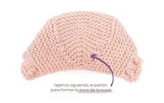 Capota de bebé a punto bobo – Tutorial y Patrón – - Baby Hats Knitting, Knitting For Kids, Knitting For Beginners, Baby Knitting Patterns, Knitting Designs, Knitted Hats, Baby Barn, Baby Pullover, Crochet Cap