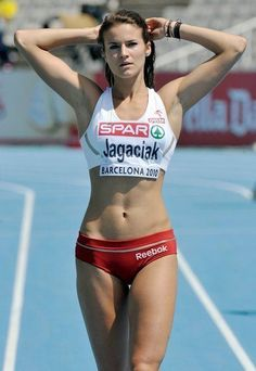 Beautiful Athletes, Athletic Girls, Female Gymnast, Sport Body, Sporty Girls, Female Athletes, Women Athletes, Track And Field, Sports Women