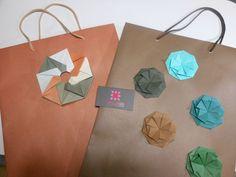 Bag Origami Designed by (?)  meirehirata.com Follow me on Instagram: Meire Hirata Origami