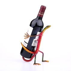 Modern Wine Rack, Wine Stand, Welding Art Projects, Wine Shelves, Metal Rack, Wine Decor, Wine Bottle Holders, Decor Crafts, Cabinet