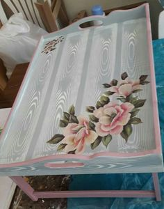 Pin by Gail Strydom on Stencils Decoupage Suitcase, Decoupage Furniture, Decoupage Box, Painted Furniture, Cork Crafts, Diy And Crafts, Paper Crafts, Painted Trays, Hand Painted
