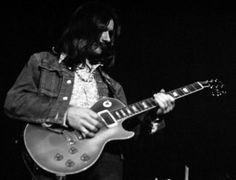 Dicky Betts with the Allman Brother's Band. Berry Oakley, Dickey Betts, Acid Rock, Famous Guitars, The Jam Band, Allman Brothers, Guitar Pics, Body Electric, Rhythm And Blues
