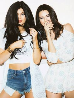 Find the exclusive PacSun Kendall and Kylie Collection. Shop dresses, skirts, tees, tops and sweaters from Kendall and Kylie Jenner at PacSun! Kendall Jenner Outfits, Kendall And Kylie Jenner, Zac Efron, The Cw, Kendall And Kylie Collection, Kim Kardashian, Kardashian Kollection, Jenner Girls, Cold Shoulder Romper