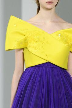 http://modischste.tumblr.com/post/159239930431/modischste-delpozo-at-new-york-fashion-week