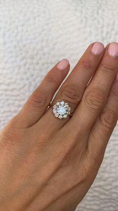 Diamond Cluster Halo Engagement Ring Diamond Cluster Ring, Diamond Rings, Diamond Cuts, Gold Rings, Diamond Flower, Vintage Inspired Engagement Rings, Halo Engagement Rings, Antique Rings, Vintage Rings