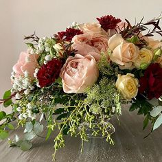 Wedding centrepiece for your reception Sustainable design with precious roses in soft pinks with accents of burgundy 50 cm in diameter Sustainable Design, Wedding Centerpieces, Wedding Flowers, Floral Wreath, Reception, Burgundy, Roses, Wreaths, Bride