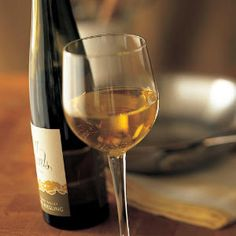 Google Image Result for http://img4-3.cookinglight.timeinc.net/i/2000/11/0011p230b-whitewine-m.jpg%3F300:300