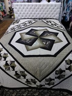 All of our quilts are made by Amish & Mennonites and are hand quilted. Many hours have gone into each quilt to create a one of a kind design . Log Cabin Quilt Pattern, Log Cabin Quilts, Bargello Quilts, Star Quilts, Country Quilts, Amish Quilts, Half Square Triangle Quilts Pattern, Patchwork Quilt Patterns, Quilting Patterns