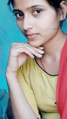 Beautiful Girl Facebook, Beautiful Girl In India, Beautiful Blonde Girl, Beautiful Girl Photo, Beautiful Women, Cute Little Girl Dresses, Cute Young Girl, Yolo, Desi Girl Selfie