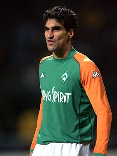 Stalteri's Bremen Insight Former Fulham loanee Paul Stalteri enjoyed great success during his seven years on Werder Bremen's books – most notably when they won the League and Cup double in 2004. Now retired, the Canadian defender looks back on his time in Germany and gives Fulham fans an insight into what they can expect from our friendly match on Sunday.