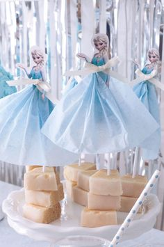 FROZEN IN ELSA BLUE | ARCH DAYS Birthday Party Decorations, Party Themes, Party Ideas, 3rd Birthday, Birthday Parties, Frozen Theme Party, African Art, Diy Party, Elsa