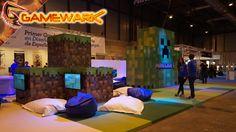 Si te entra sueño o estás cansado nada mejor que tumbarte en uno de estos pufs y viciar a Minecraft un buen rato.