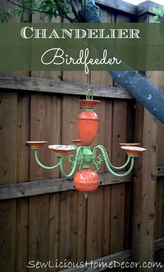 Turn a chandelier into a birdfeeder. It makes a great decoration for your back yard and the birds love it! Outdoor Crafts, Outdoor Projects, Diy Projects, Outdoor Decor, Back Gardens, Outdoor Gardens, Garden Structures, Yard Art, Bird Houses