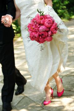 Peonies are my favorite... love that she chose a shoe that she can wear again!