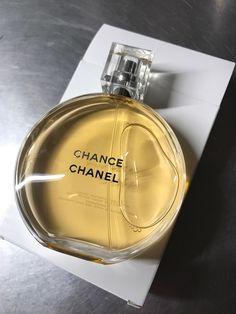 Chanel Chance on Mercari Bodak Yellow, Yellow Theme, Pastel Yellow, Mellow Yellow, Yellow Aesthetic Pastel, Aesthetic Colors, Aesthetic Images, Chanel Perfume, Chanel Makeup