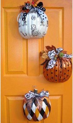 Cut Dollar Tree pumpkins in half, decorate, & hang Halloween and/or Fall decor Deco Porte Halloween, Theme Halloween, Holidays Halloween, Halloween Crafts, Holiday Crafts, Holiday Fun, Halloween Wreaths, Halloween Pumpkins, Happy Halloween