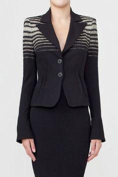 IsabelDePedro Viscose Stretch Blazer. Short blazer in viscose stretch milano rib with prints