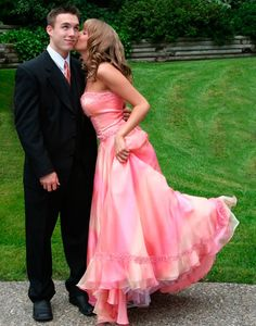 ideas for prom pictures poses | tip 3 pick a dress you can reuse for prom