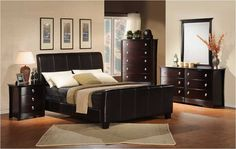 SUGGEST SOME TIPS FOR BEST FURNITURE LAYOUT IN A BEDROOM http://www.urbanhomez.com/home-design-advise-discussions/suggest_some_tips_for_best_furniture_layout_in_a_bedroom/6229