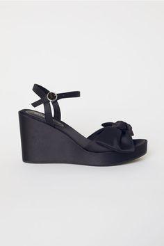 Sandálias com salto de cunha - Preto - SENHORA | H&M PT 1