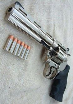 Save those thumbs Weapons Guns, Guns And Ammo, Revolver Pistol, Revolvers, Colt Python, Military Guns, Fire Powers, Cool Guns, Self Defense