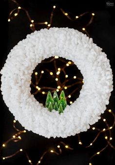 Christmas Projects, Holiday Crafts, Christmas Holidays, Christmas Wreaths, Christmas Decorations, Christmas Ornaments, Winter Wreaths, Spring Wreaths, Summer Wreath