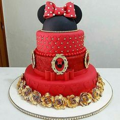 22 Cute Minnie Mouse Cake Designs - The Wonder Cottage Minnie Mouse Cake Design, Torta Minnie Mouse, Minnie Mouse Roja, Minnie Mouse Birthday Cakes, Minnie Mouse Party, Mini Y Mickey, Festa Mickey Baby, Mickey And Minnie Cake, Cartoon Birthday Cake