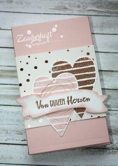 Eines der beliebtesten Produkte meiner Kundinnen ist momentan die Schachtel voller Liebe. Beim letzten Workshop haben wir zwei Varianten ge...