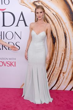 #Share #this #Style: #Best of #CFDA #Awards #2016 | #CouncilofFashionDesignersofAmericaAwards #outfit #vogue #RosieHuntingtonWhiteley #MichaelKors #dress #classic #long