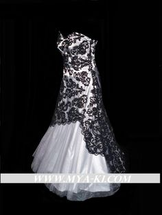 Strapless black White Lace ALine wedding dress/gown made by MyaKi, $700.00