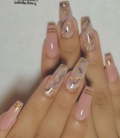 The advantage of the gel is that it allows you to enjoy your French manicure for a long time. There are four different ways to make a French manicure on gel nails. The choice depends on the experience of the nail stylist… Continue Reading → Dope Nails, Swag Nails, My Nails, Pink Nails, Colorful Nail Designs, Nail Art Designs, Acrylic Nail Designs, Acrylic Nails With Design, Coffin Nail Designs