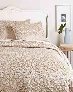 Isabella Collection Linen Co by Kathy Fielder Hannah Duvet Collection