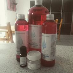 Recette: base lavante neutre tout en un ! Homemade Cosmetics, Make Beauty, Beauty Stuff, Healthy Beauty, Drink Bottles, Body Care, Lotion, Gelato, Shampoo
