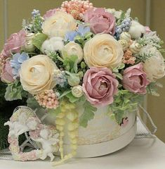 Charmé / Sweet Flowers (Букеты из конфет)'s photos – 18 albums | VK #crepepaperflowersdecoration
