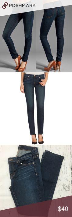 "J. Brand Midrise Skinny Leg Dark Vintage ✔️Color Dark Vintage ✔️92% Cotton•7% Polyester•1% Elastane ✔️Inseam: 28.5"" approx. ✔️Excellent Used Condition J Brand Jeans"