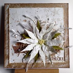 Julestjerne lavet med punches  #cardmaking #paperflower #christmas #mixedmedia #mojoisback