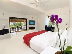 Escencia Estates near Playa del Carmen is perfect for a honeymoon or romantic getaway.