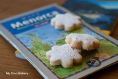 My Own Bakery: Pastissets de Menorca… y panecillos de leche con sobrasada!