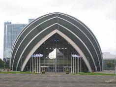 Norman Foster, Clyde Auditorium or the Armadillo, Glasgow, Scotland