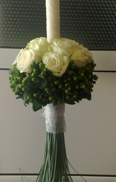 lumanari botez verde - Căutare Google Baptism Ideas, Floral Arrangements, Wedding Events, Palm, Candles, Google, Green, Diy, Decor