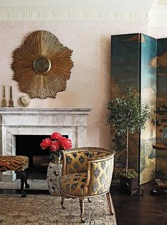 Fireplace and crown moulding A Candid Chat with Darling Decorator Celerie Kemble