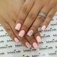 Powder pink with glitter base and zigzag pattern