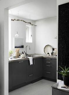ValentinCopenhagen townhouse with grey details - via Coco Lapine Design