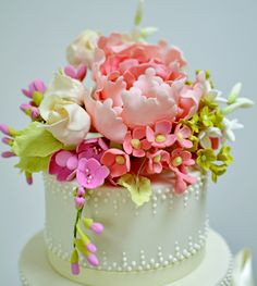 Rubyanddivacom Spring Flowers By Rosalind Miller Cakes 1